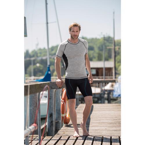 T-shirt sport slim fit homme en laine merinos et soie 150g m² - Engel Sports 84b5f5c7a76